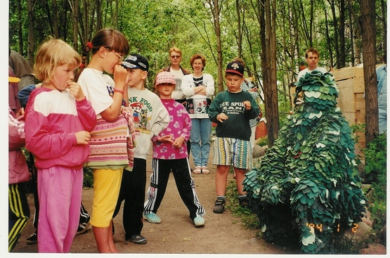 1996 Lehtevämies Majametsän avajaisissa