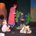 2006 Taikarumpu, tarinallinen työpaja vei lapset Lapin tunnelmaan.